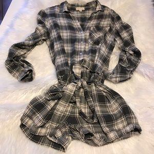 Cloth & Stone Anthro flannel plaid romper  sz Med